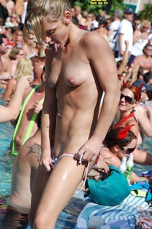 hidden shots of Bikini's barefaced panties