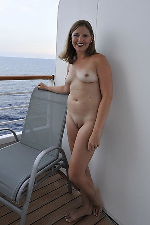 Naked boating of mature naturists