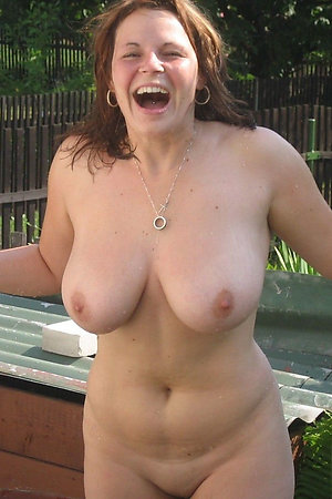 Naked nudist mommies near their houses