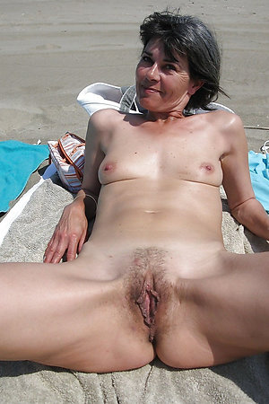Mature nudist moms spreading their legs