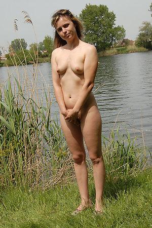 Shamefull first naturist experience