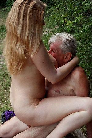 Chubby nudist girl fucks tiny old man