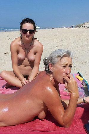 Nudist girlfriends: mature mom and girl