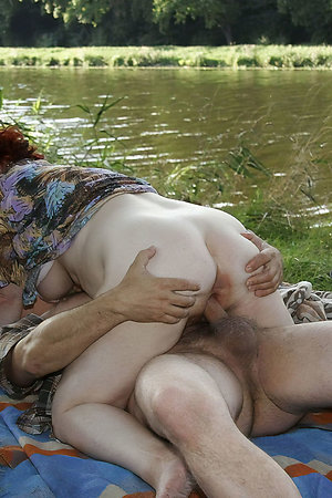 Nudist young boys with nudist mature moms
