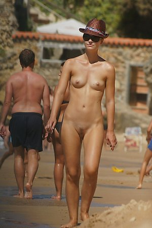 More fresh pictures with sexy nude woman, nude amateurs, nude beach girls at nudist beach